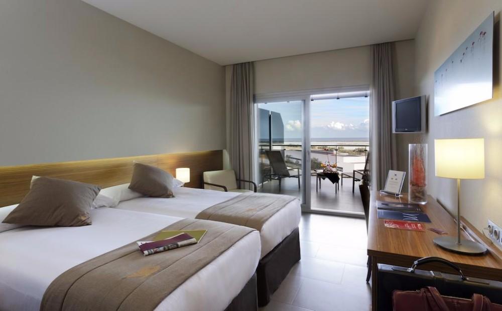 Dvoulůžkové pokoje hotelu Thalasia Costa de Murcia, Mar Menor, Španělsko.
