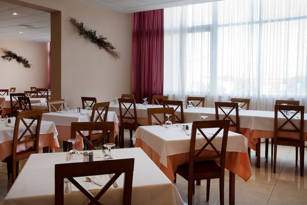 Menorca, Hotel Xaloc Playa pro seniory - foto 7
