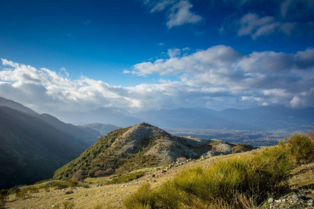 Hornatá krajina národního parku Pollino.