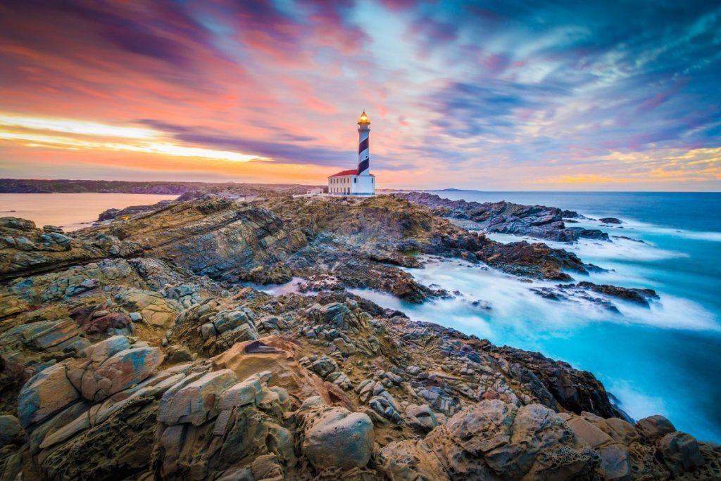 Pravděpodobně nejkrásnějším majákem Menorcy je Favaritx.