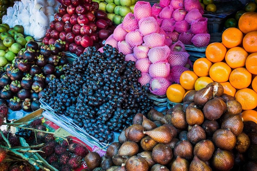 shutterstock_191937167 fruit and vegetable market in Lombok ÔÇô kopie ÔÇô kopie