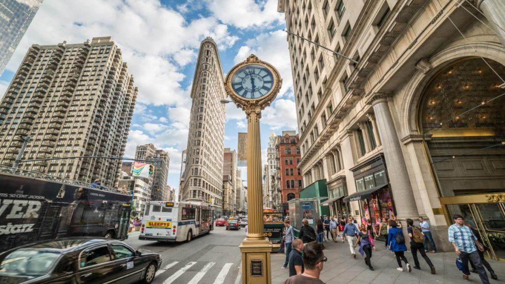 Jedna z rušných ulic New Yorku.