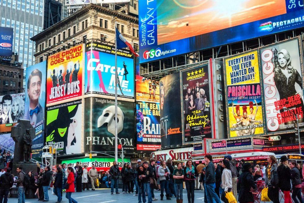 Životem pulzující newyorské náměstí Times Square.
