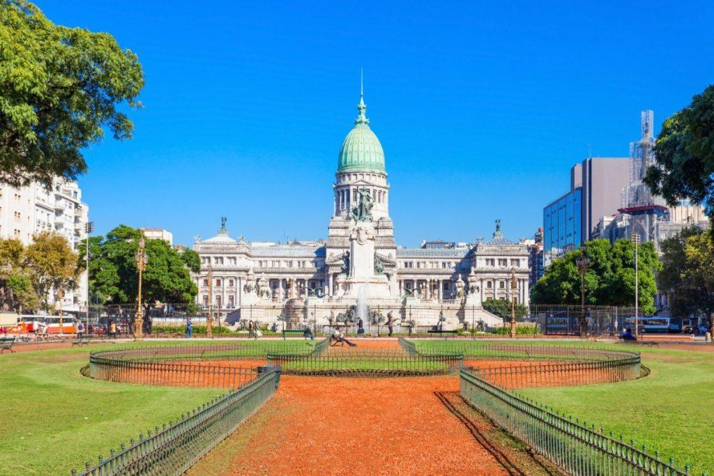 Impozantní budova Palacio del Congreso de la Nación Argentina je sídlem Národního kongresu Argentiny v Buenos Aires.
