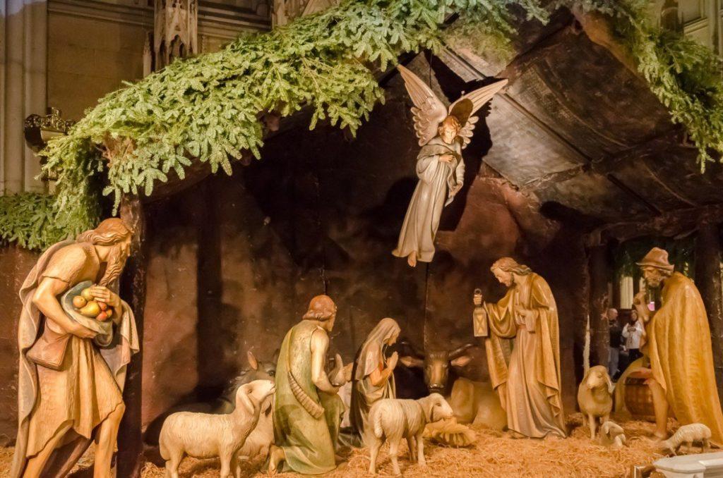 Tento vyřezávaný betlém najdete v katedrále Saint Patrick's Cathedral.