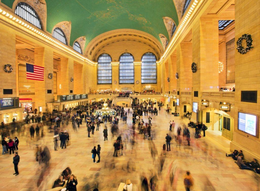Vánoční atmosféra na hlavním nádraží Grand Central Terminal v New Yorku.