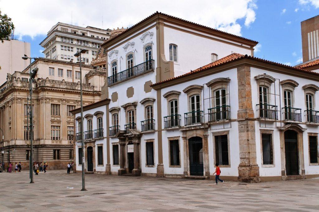 Císařský palác v Rio de Janeiro patří mezi nejneokázalejší císařská sídla světa.